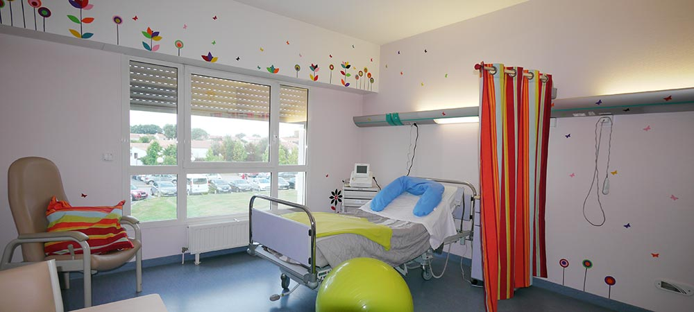 Préparation Aquatique à Lu0027accouchement. Salle De Consultation Gynécologique